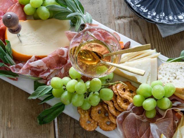 Día mundial de la Dieta Mediterránea La Dieta Mediterránea y el Jamón